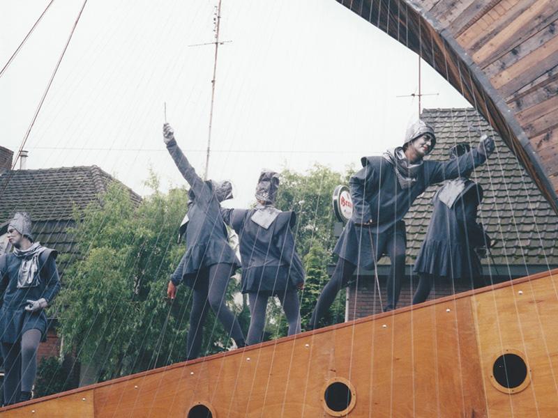 1998 21