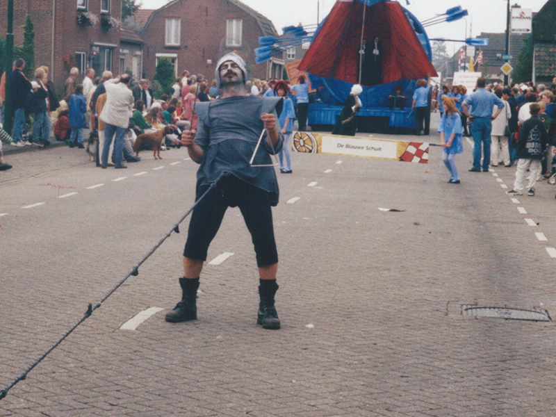 1998 26