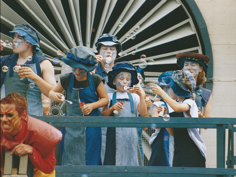 2002 11